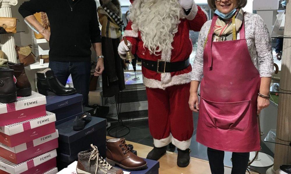 Le Père Noël Bertozzi chez Rose Marie Cuir. Photo DDM