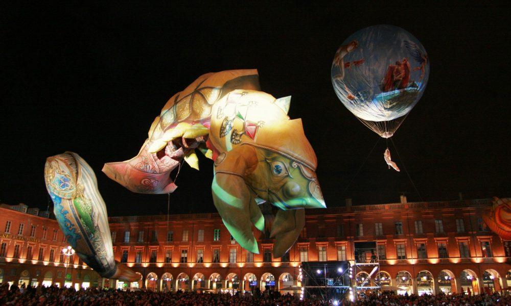 Les Plasticiens volant sont au programme des animations de fin d'année. Photo Delphine Tossier