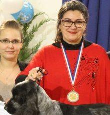 Isabelle Lechevalier : la toiletteuse canine en argent